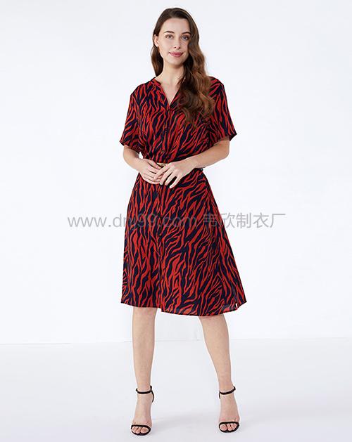 广州连衣裙厂家短袖印花连衣裙