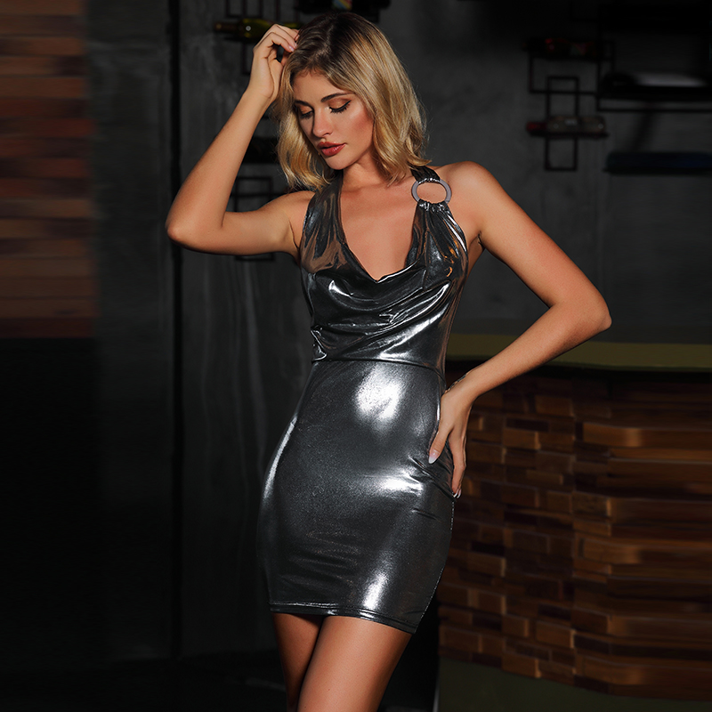 外贸女装加工吊带深V连衣裙性感礼服漆皮镂空裙