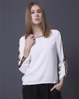 白色长袖圆领T-shirt