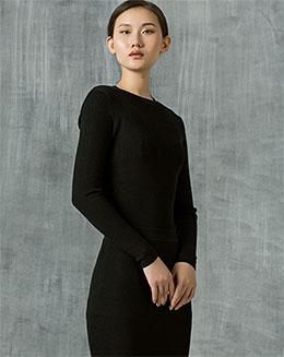 纯色长袖修身毛衣裙