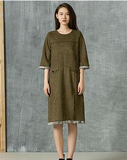 五分袖圆领纯色流苏连衣裙