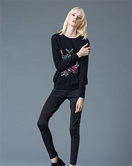 冬季针织宽松休闲简约圆领打底薄款毛衣