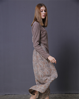 新长款女雪纺蛇鳞纹飘逸半身裙