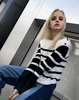 欧美春季新款女装条纹针织衫女套头长袖上衣T恤打底衫