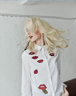 新款棉白衬衫女长袖红唇印花polo领休闲衬衫