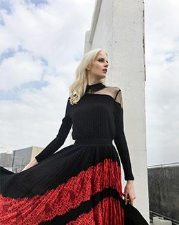 新款蕾丝提花拼接型百褶雪纺半身裙