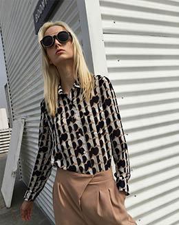 新款时尚心形印花撞色雪纺休闲高领衬衫