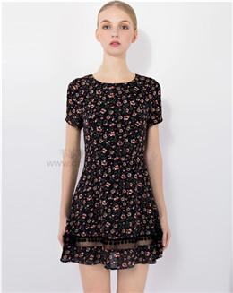 夏季碎花网纱拼接修身连衣裙