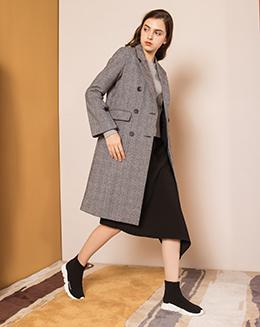 2017新款英伦格子中长款女外套
