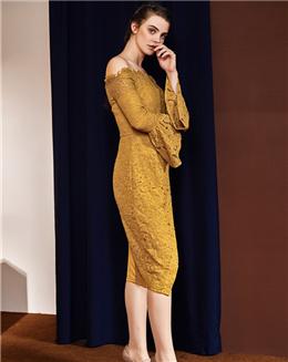 新款欧美风一字肩中长款开叉喇叭袖连衣裙