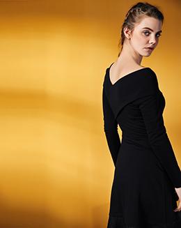 欧美风大V领蕾丝长袖拼接连衣裙