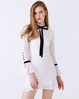 新款立领系带喇叭袖鱼尾蕾丝连衣裙