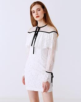 新款喇叭袖斗篷蕾丝连衣裙