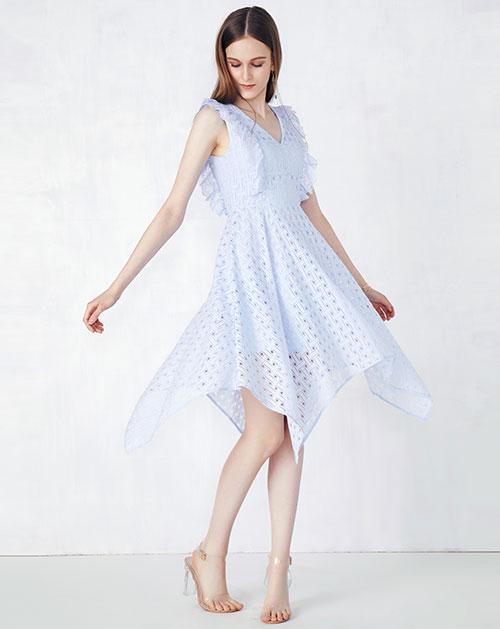 新款荷叶边不规则蕾丝连衣裙
