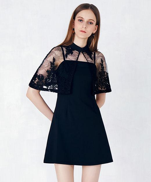 黑色蕾丝披肩连衣裙