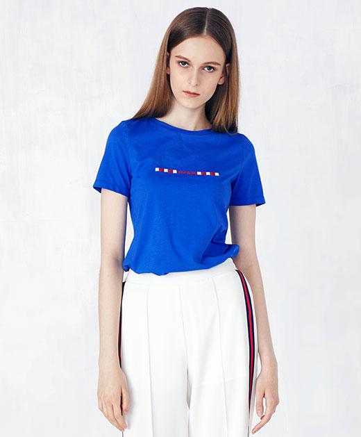 宽松圆领绣花T恤上衣