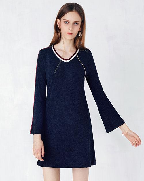 拼接撞色织带针织连衣裙