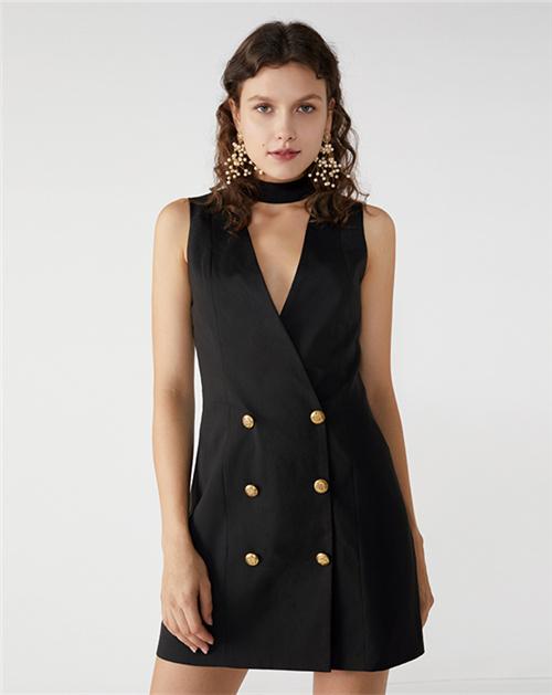 广州服装厂2019春夏新款黑色挂脖式无袖连衣裙