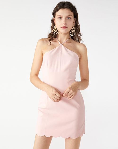 广州服装厂欧美时尚新款挂脖露背包臀纯色连衣裙