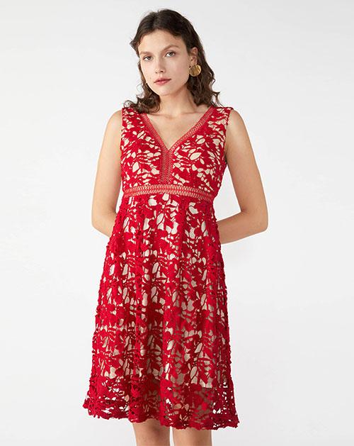 广州服装厂春夏新款V领无袖蕾丝镂空连衣裙