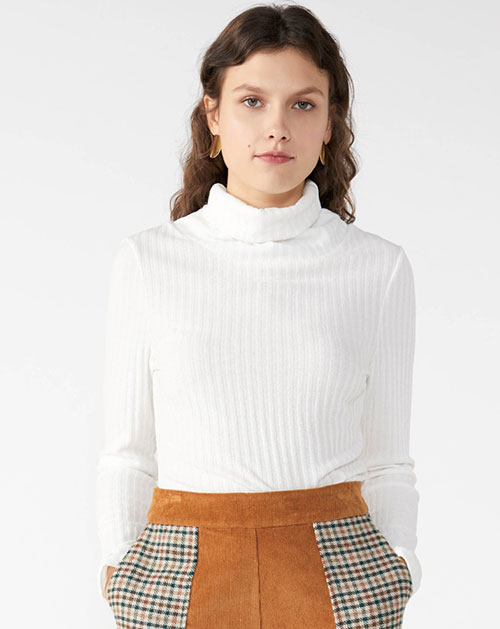 广州服装厂欧美秋冬新款纯白高领针织打底上衣