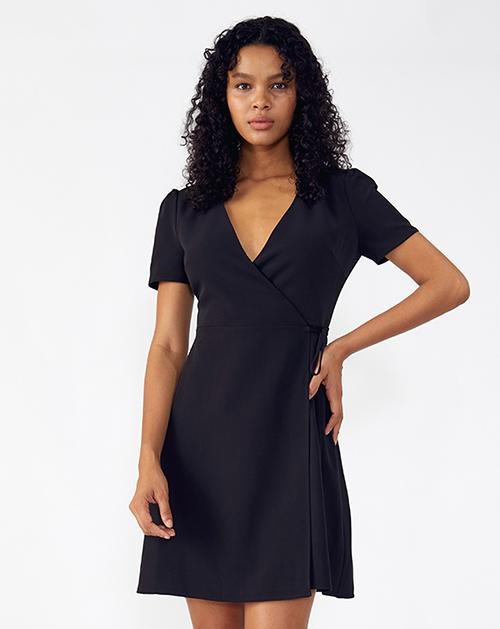 外贸服装厂2019春夏新款黑色V领短袖收腰纯色连衣裙
