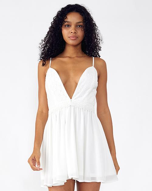 外贸服装厂2019春夏新款白色吊带蕾丝连衣裙