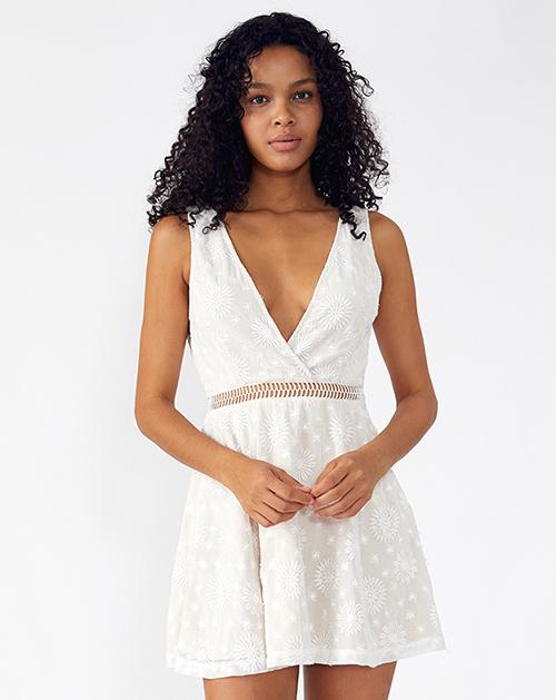 外贸服装厂2019春夏新款白色V领无袖A字连衣裙
