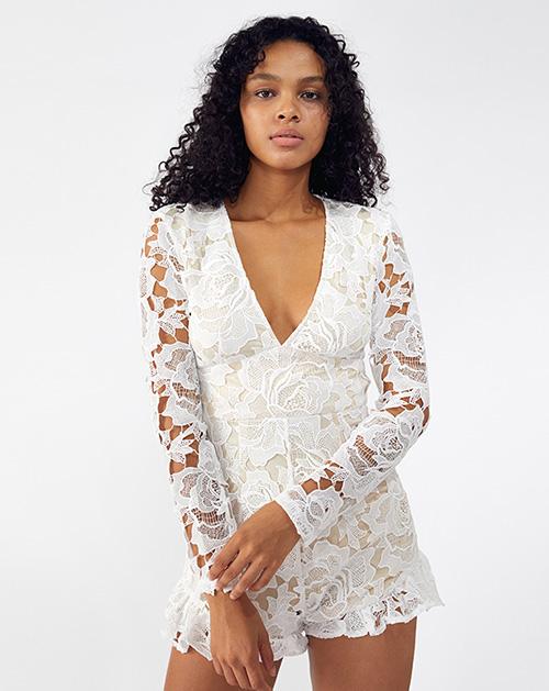 外贸服装厂2019春夏新款白色蕾丝镂空休闲连体裤
