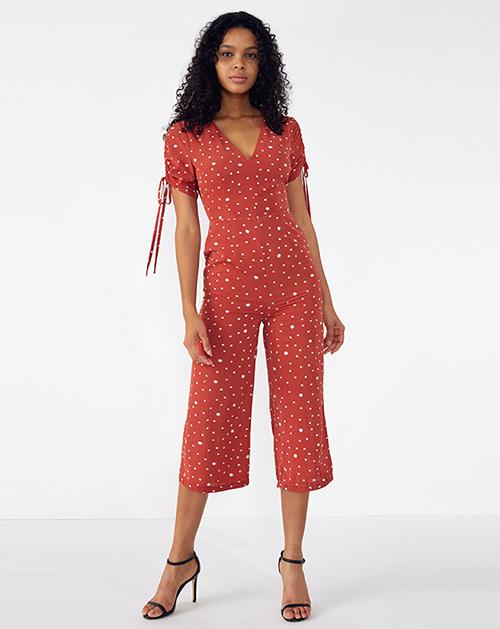外贸服装厂2019春夏新款红色V领蝴蝶结系带波点连体裤
