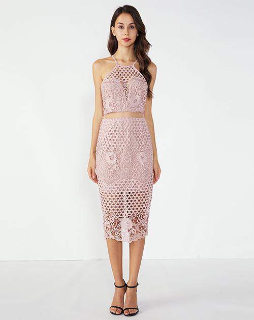 广州连衣裙厂家粉色蕾丝中长款吊带连衣裙
