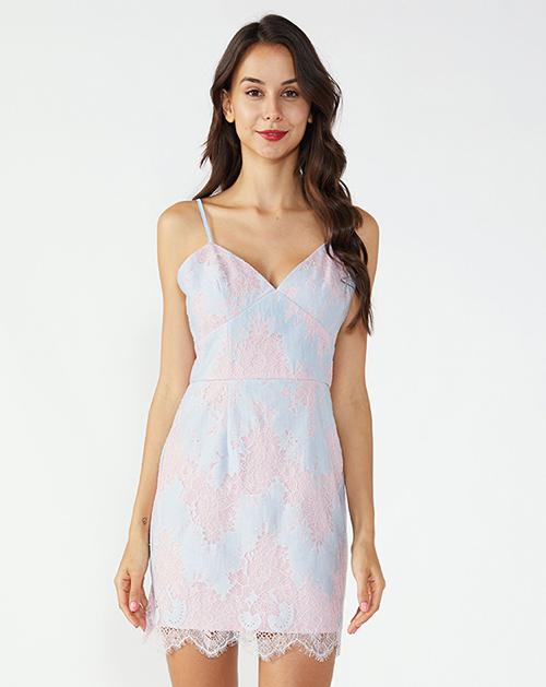 服装贴牌厂家粉蓝吊带蕾丝连衣裙