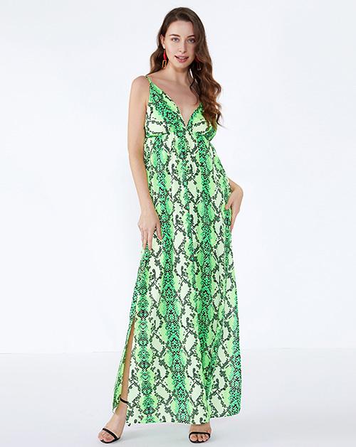 女装生产厂家绿色V领蛇纹吊带连衣裙