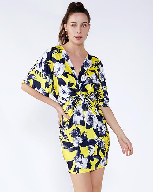 外贸服装工厂V领打结褶皱碎花连衣裙