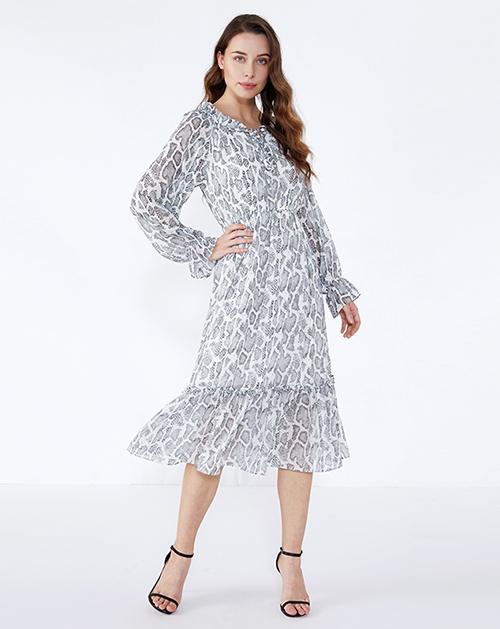 广州女装工厂蛇纹喇叭袖荷叶边鱼尾连衣裙