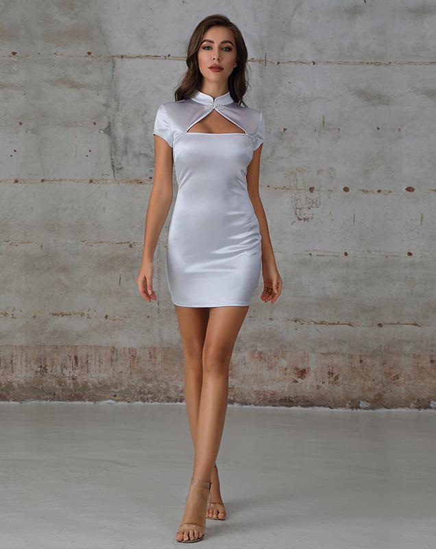 女装连衣裙贴牌制衣厂中式紧身镂空短连衣裙