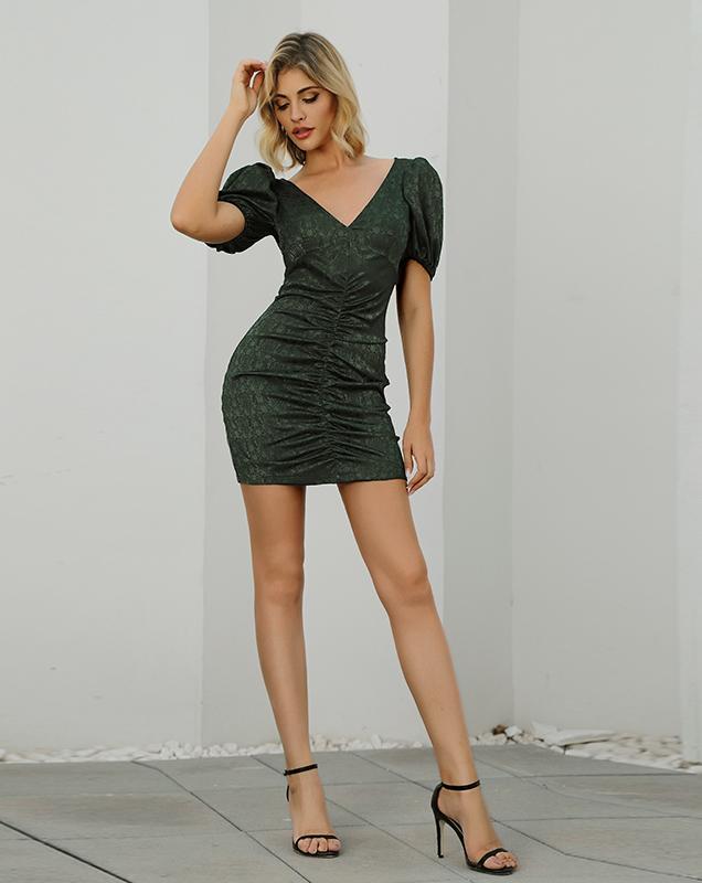 2020OEM贴牌女装连衣裙V领泡泡袖暗纹连衣裙